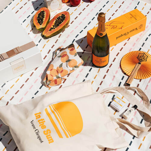 Veuve Clicquot 'In the Sun' Hamper