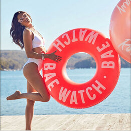 Sunnylife Bae Watch Pool Ring