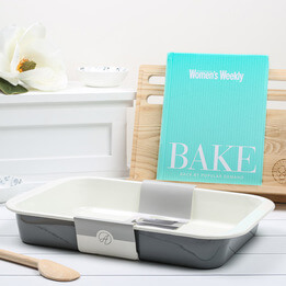 BAKE Australian Women's Weekly Gift Set