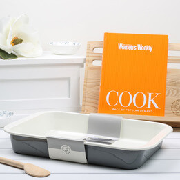 COOK Australian Women's Weekly Gift Set
